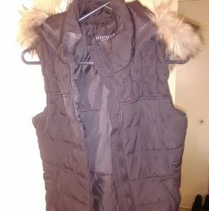 Aeropostale fur vest size small